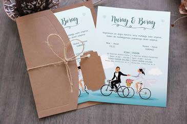 Motosikletli düğün davetiyesi